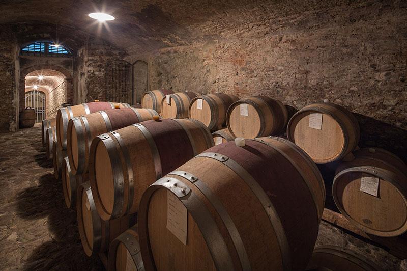 toscana_villa_barberino_cantina_vino_12